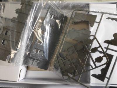 ジオコレ・コンバット 破壊されたビルA_2