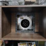 自作塗装ブース_換気扇とカラーボックスを合体!